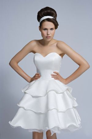 1840a95a393 ... aafbcffcbb wi - Tobi Hannah Short and Tea Length Wedding Dresses.