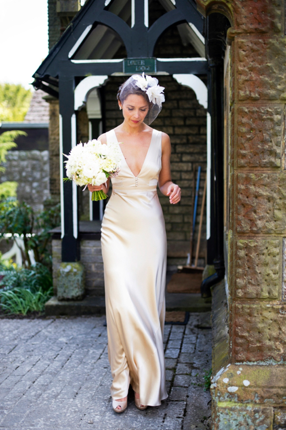 Aafbcdceb Pi A 1940s Inspired Silk Wedding Dress For Relaxed And Elegant