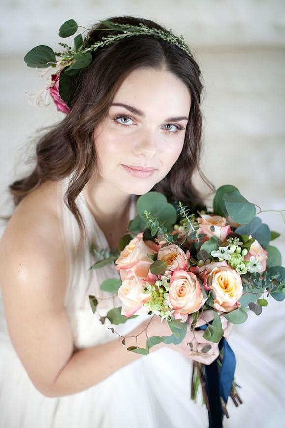 aafbceebd pi - Vintage, Glamorous and Romantic Wedding Hair and Makeup Inspiration