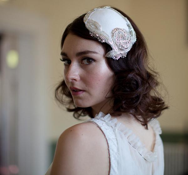 e6c3af29777b5 aafbcbbbd pi - Agnes Hart ~ Vintage Style Wedding Headpieces
