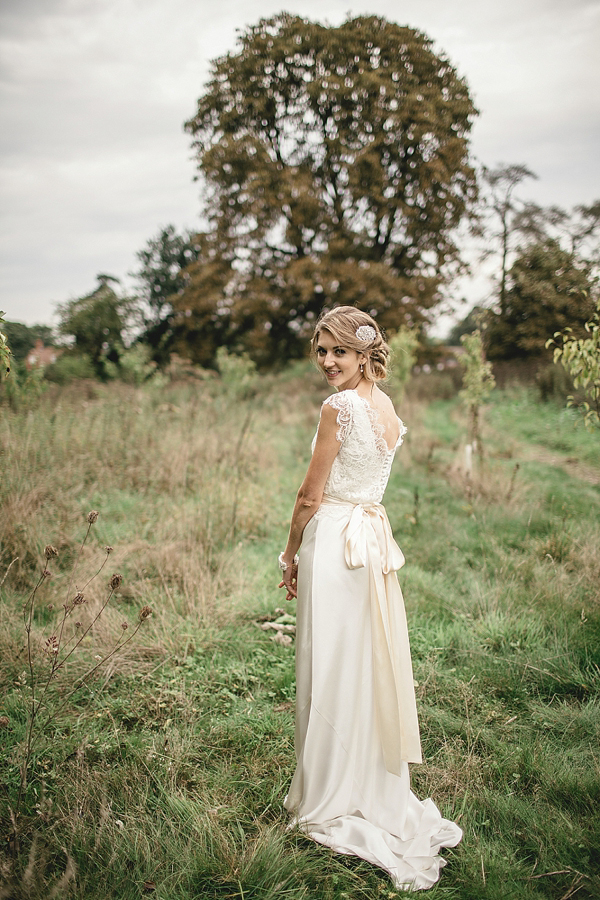 Aafbcbcfad Pi A Sweet September Wedding With Touch Of 1930 S Glamour Pom Poms