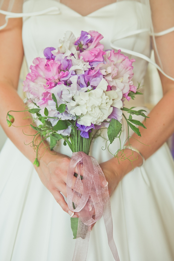 Bouquet Sposa Grace Kelly.Sweet Peas And Country Garden Style For A Grace Kelly Inspired