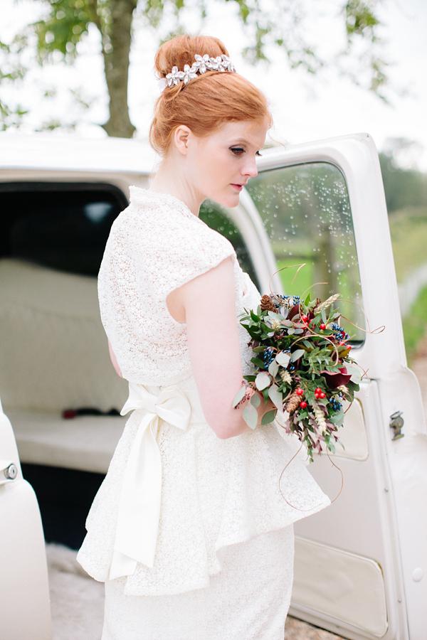 2853f23e879 aafbcbecbec pi - Gay Autumn Wedding Inspiration ~ A Romantic Field Picnic