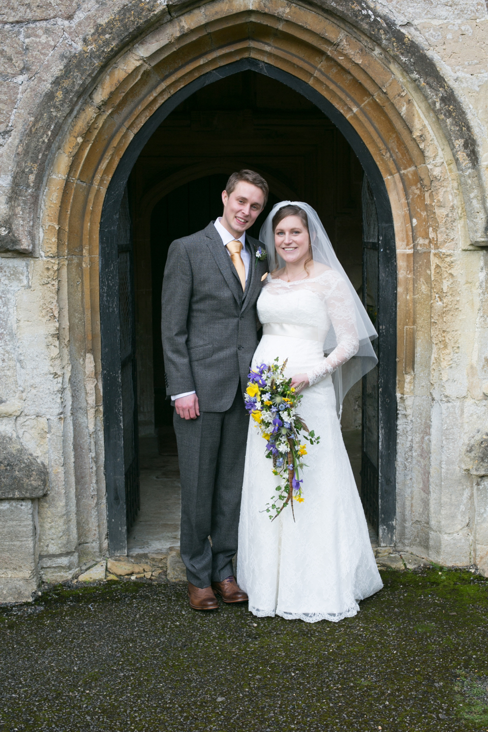A Lovely Relaxed Late Winter Wedding For A Pregnant Bride And Her